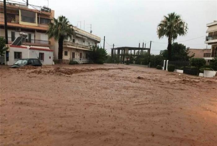 Inundații în Insula Evia din Grecia