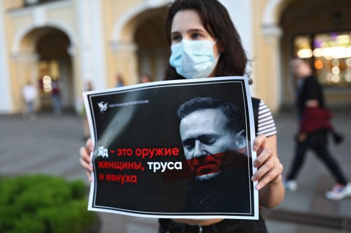Ce este agentul neurotoxic Novichok, folosit la otrăvirea lui Aleksei Navalnîi