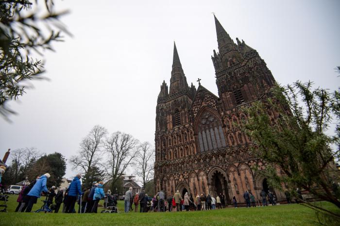 Catedrală transformată în centru de vaccinare anti-Covid, în Marea Britanie