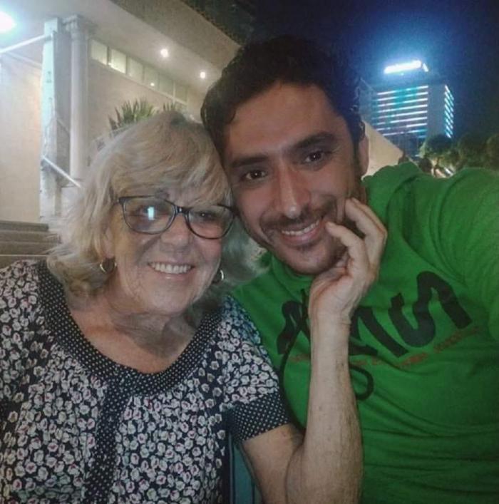 Iris Jones, alături de Mohamed Ahmed Ibriham