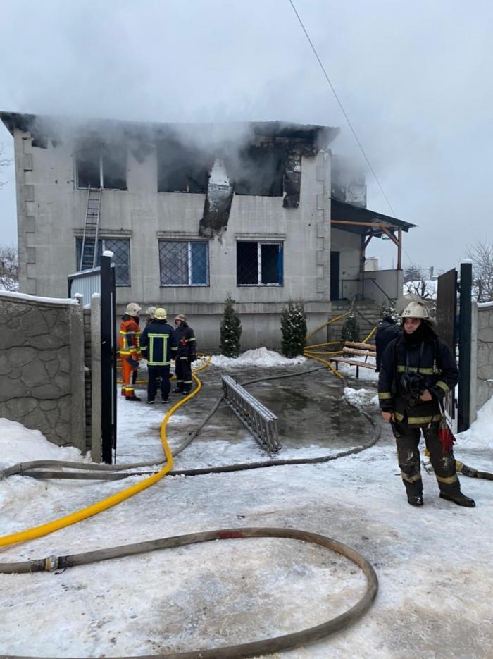 În interior se aflau 33 de persoane, la momentul izbucnirii incendiului