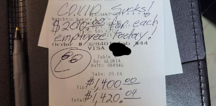 Mesaj pe nota de plată, lăsat de un client într-un restaurant din Colorado