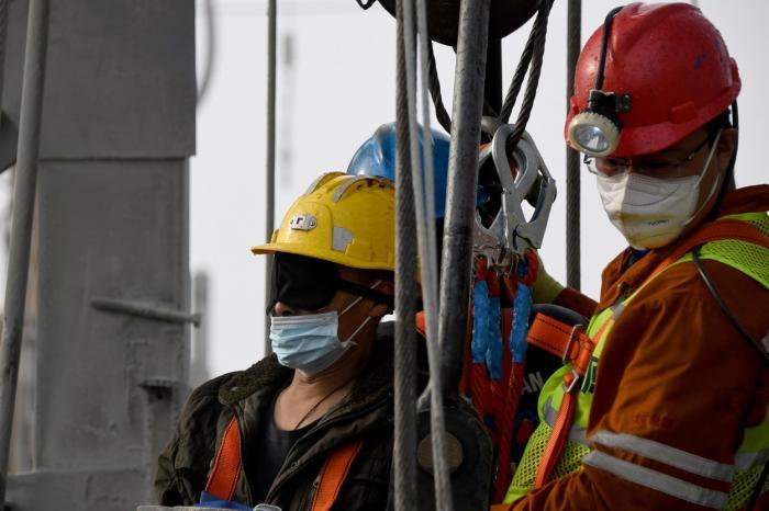 11 mineri au fost salvați dintr-o miă din China