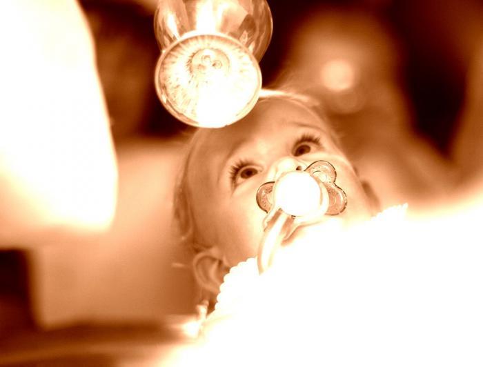 Un bebeluș a ajuns la Terapie Intensivă direct după botez, la Suceava.