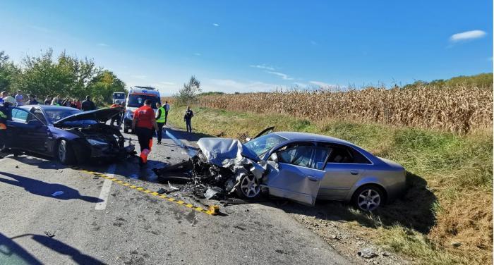 Accident teribil în Alba: singurele victime sunt doi copii de 6, respectiv 9 ani. A fost chemat elicopterul SMURD de la Mureş