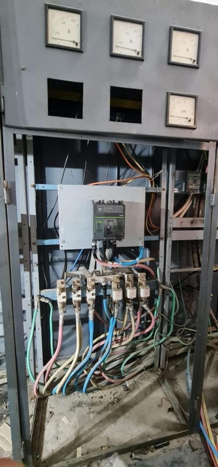 """Tabloul electric de la Spitalul Victor Babeș din Timişoara, schimbat după 60 de ani. """"Riscam în orice moment să se producă un scurtcircuit"""""""