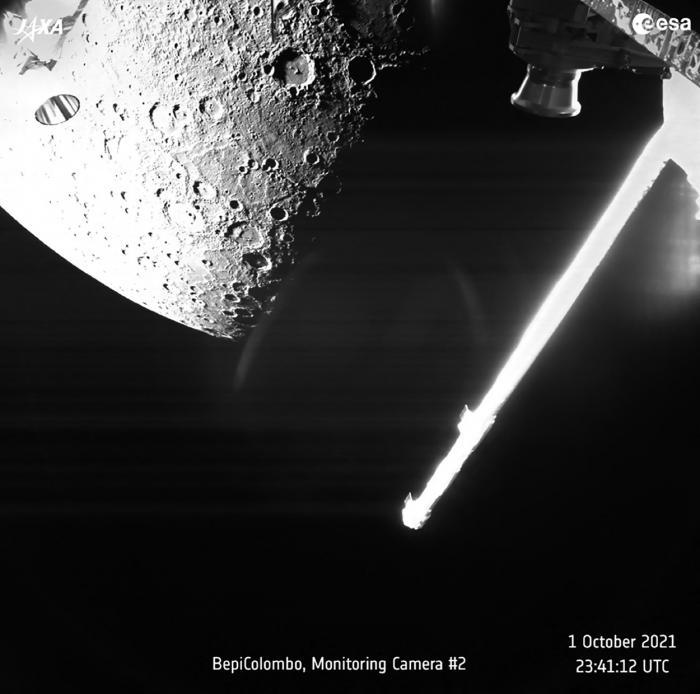 Primele imagini cu suprafața planetei Mercur, surprinse de sonda spațială BepiColombo