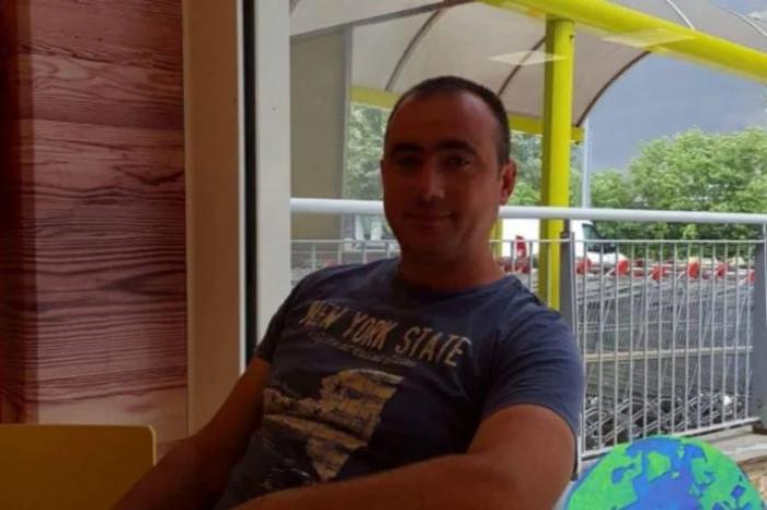 Ioan a murit pe loc, după ce a căzut de la 10 metri înălţime, în Italia. Bărbatul plecase din ţară ca să muncească pentru a-şi putea întreţine cei trei copii