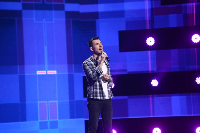 X Factor, astăzi, de la 20.30, la Antena 1: Florin Iordache, fostul membru al trupei Krypton, va urca pe scenă în calitate de concurent