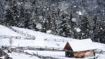 Alertă meteo de frig în toată țara, până luni dimineață. ANM anunță ninsori și strat de zăpadă la munte