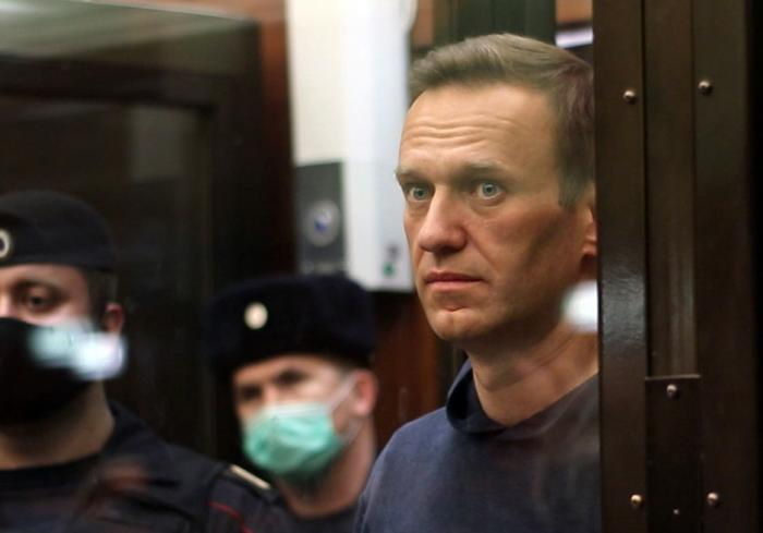 Alexei Navalnîi, în boxa condamnaților