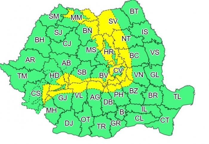 Coduri galben și portocaliu de vreme severă în aproape jumătate de țară, în următoarele ore. Viscol puternic la munte