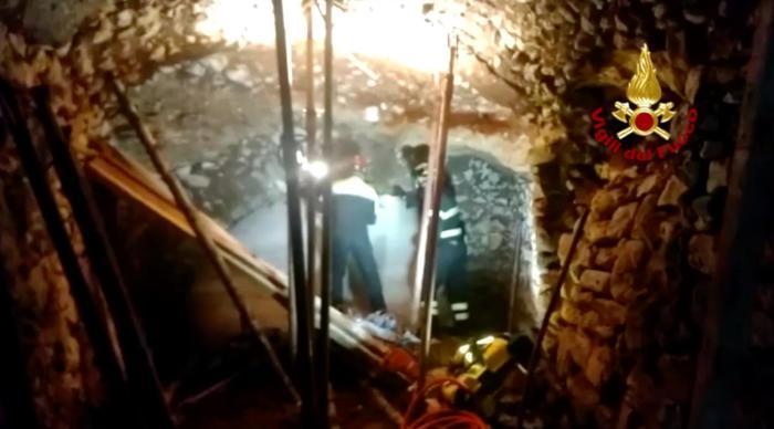 Român mort în Italia, prins sub dărâmături în timp ce colegii pregăteau demolarea unei clădiri