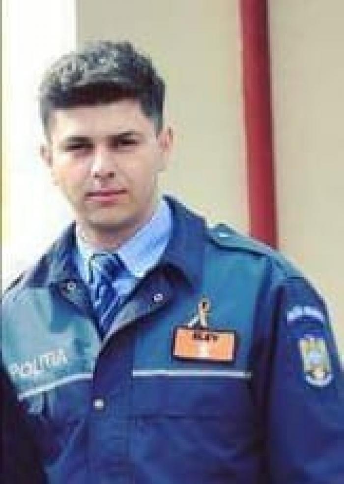 Cine este poliţistul care l-a trântit la pământ pe bărbatul din Argeş. A fost implicat în mai multe scandaluri