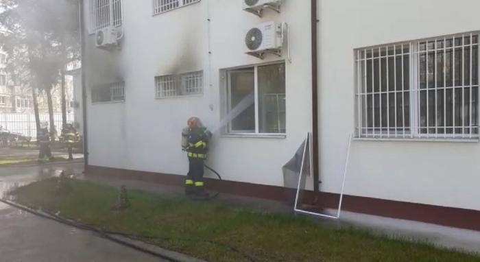Incendiu la Secția de Psihiatrie a Spitalului din Slatina. Zeci de pacienţi evacuaţi