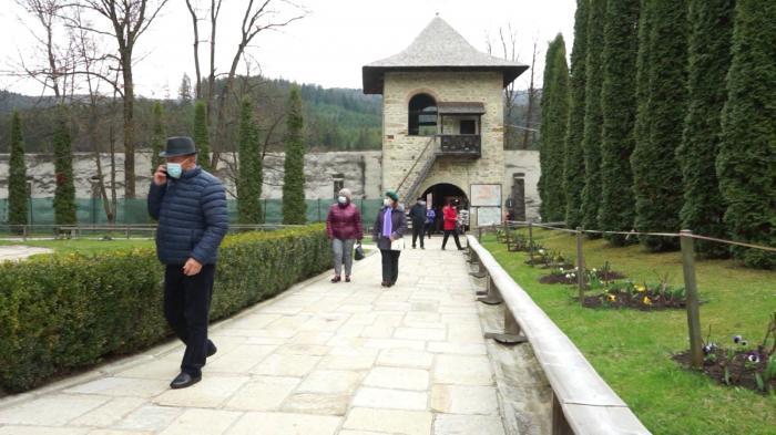Mii de români aleg să meargă în Bucovina,de Paște. Oferte avantajoase pentru Săptămâna Mare
