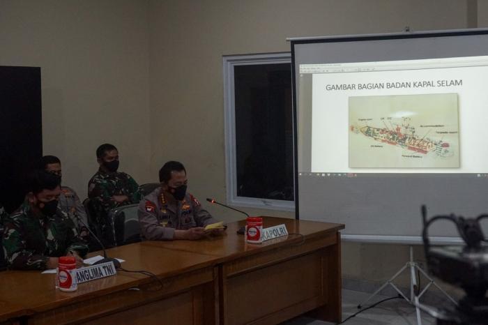 Primele imagini cu submarinul indonezian găsit rupt în trei pe fundul Mării Bali, la 850 de metri adâncime