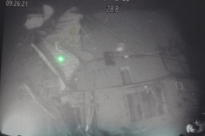 Imagini cu submarinul scufundat în Marea Bali