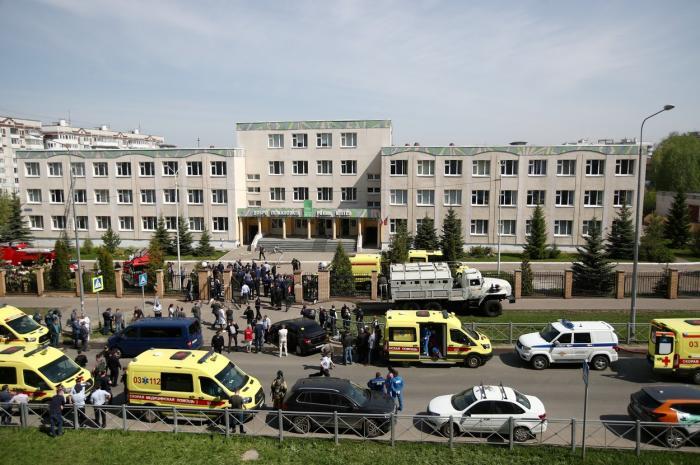 Atac armat într-o școală din Rusia