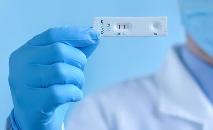 Test Covid-19 pozitiv, în contextul bilanțului coronavirus în România, 17 mai