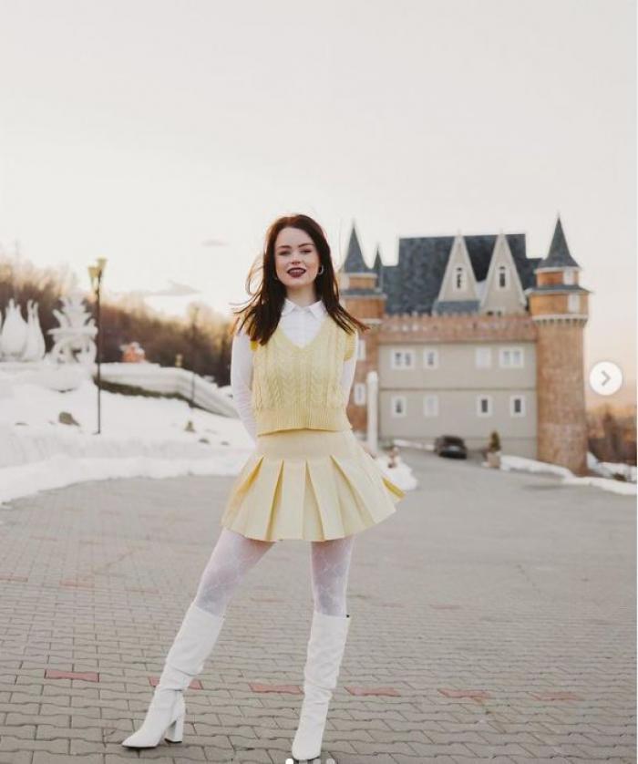 Cine este Lorena Şerban, tânăra din Braşov, care a cucerit Instagramul la nivel mondial. Sute de milioane de vizualizări în trei săptămâni