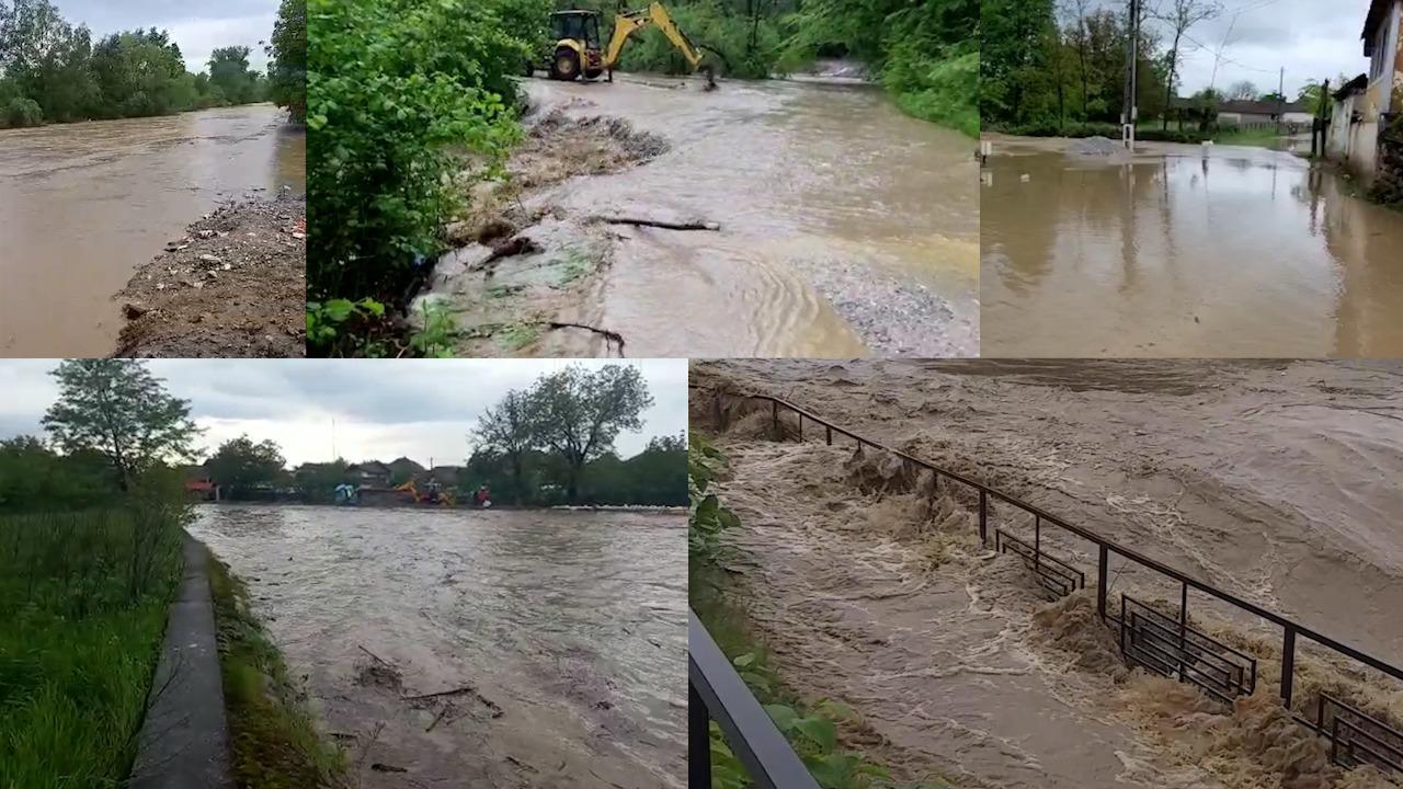 Imagini cu localităţile inundate de ploile abundente