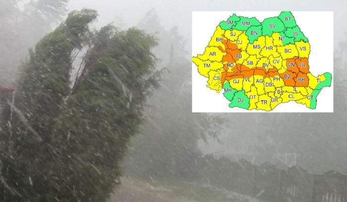 Alerte cod galben și portocaliu de vreme severă în aproape toată țara. Sunt vizate Capitala și 33 de județe