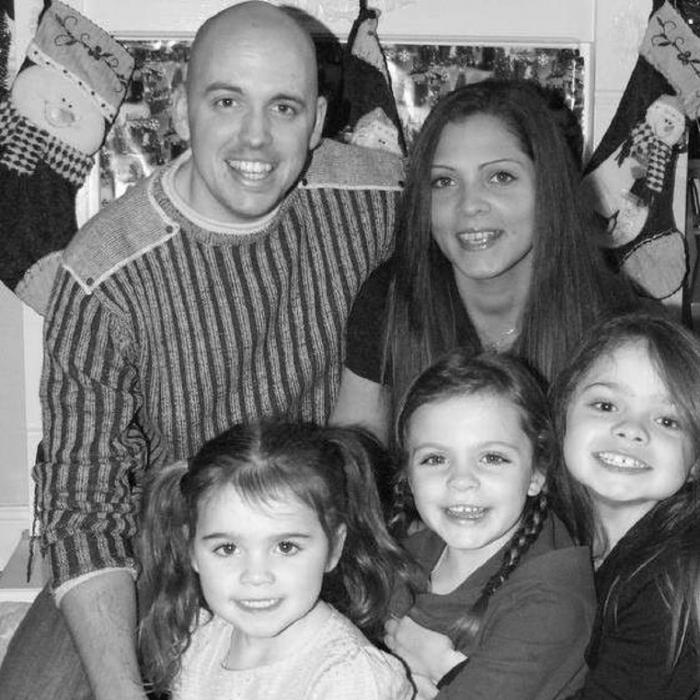 Julia Blackham alături de familie