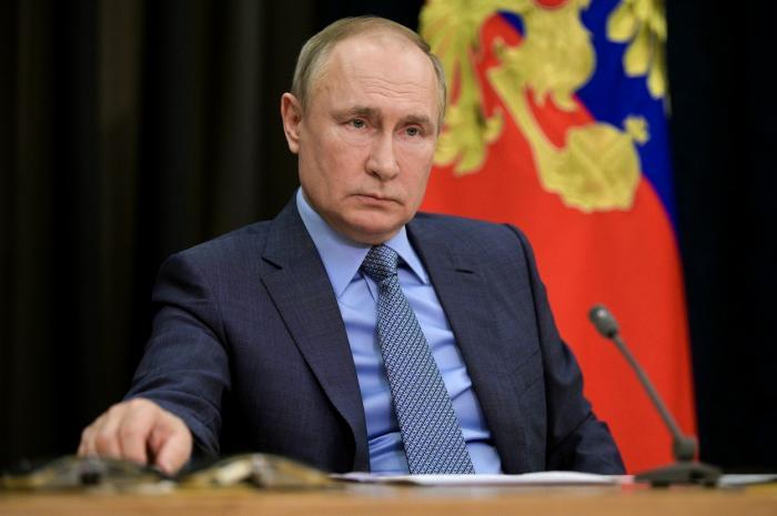 Jocul lui Putin cu NATO. Rusia păstrează aproape 80.000 de soldați la frontiera cu Ucraina, deși a anunțat retragerea trupelor
