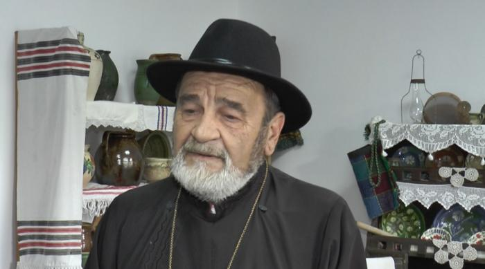 """Ideea unui preot din Cluj, ca să atragă turişti în satul pe care-l păstorește: """"Mulți caută pensiuni și case bătrânești unde să doarmă"""""""