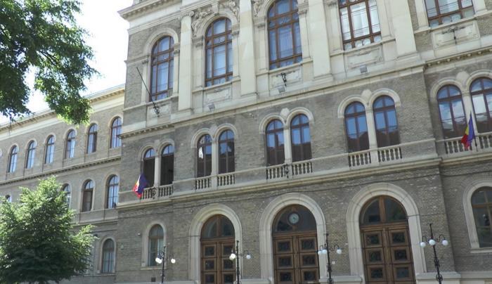 Cazarea studenţilor în căminele Universităţii Babeș-Bolyai din Cluj, doar cu dovada vaccinării
