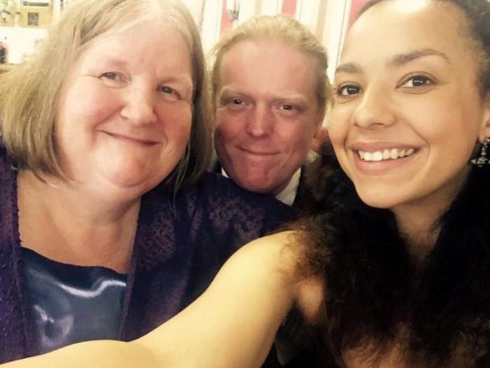 Sue, alături de Jason Kelk şi fiica lor