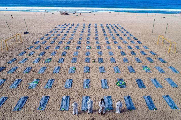 400 de mii de decese cauzate de COVID-19 în Brazilia, Rio de Janeiro, Brazilia - 30 aprilie 2021