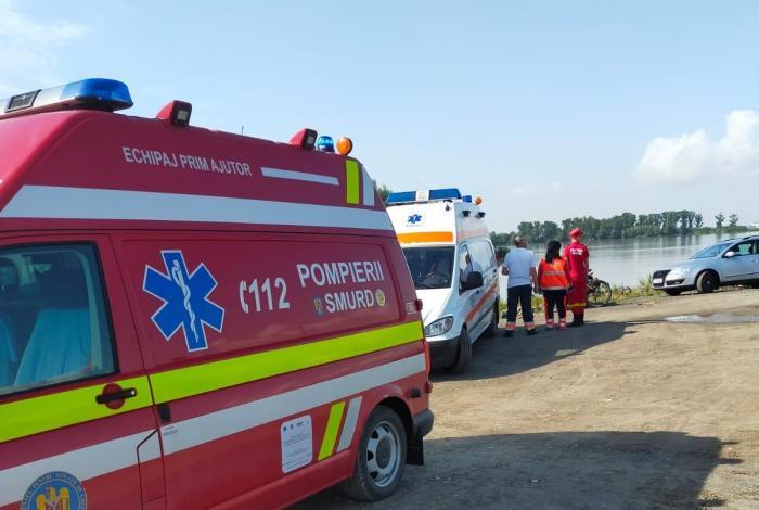 Au fost reluate căutările celor două surori dispărute de ieriîn Dunăre. Fetiţele au căzut în apă,în zona portului Isaccea