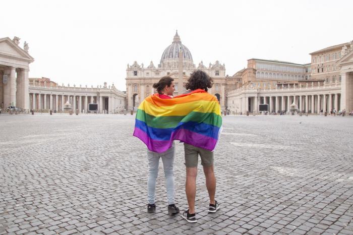 Scandal în Italia. Vaticanul a făcut o intervenție fără precedent în politica țării și se opune unei legi împotriva homofobiei