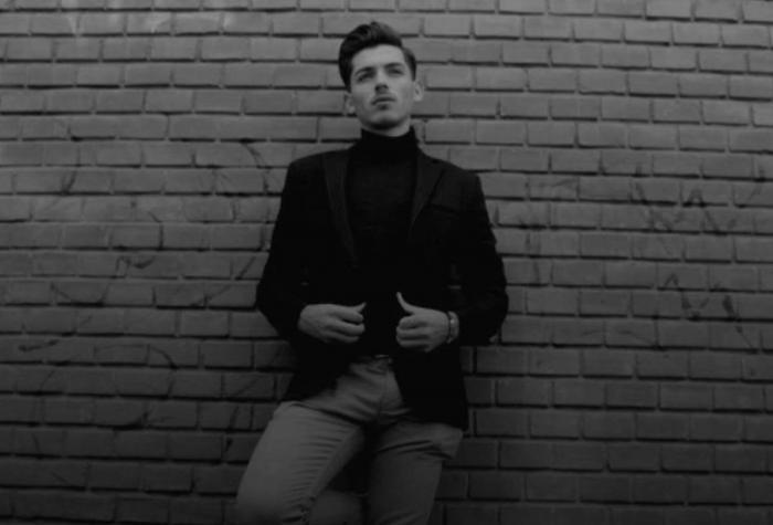 Cântăreţul de muzică populară Adrian Bâc a murit la spital la doar 25 de ani, după o intervenţie chirurgicală