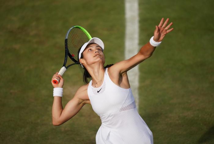 GALERIE FOTO | S-a născut în Canada, din tată român şi mama chinezoaică şi joacă pentru Marea Britanie. Românca e marea speranţă a englezilor la tenis