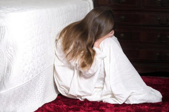 Mărturia mamei fetiţei de 10 ani din Ploieşti care a acceptat să întrețină relații sexuale cu 6 băieți, într-o toaletă publică