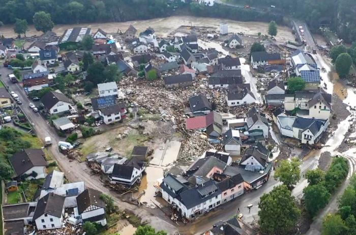 """Inundații devastatoare în Germania: bilanțul a urcat la 21 de morți. """"Nu am văzut niciodată o astfel de catastrofă"""""""
