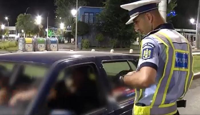 """Şoferi băuţi sau drogaţi, prinşi de poliţişti pe străzile din Capitală şi lăsaţi fără permis: """"Am avut câteva fructe la mine. E inexplicabil!"""""""