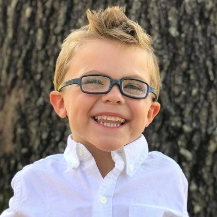O mamă a descoperit că fiul ei are cancer după ce i-a făcut o poză cu telefonul mobil