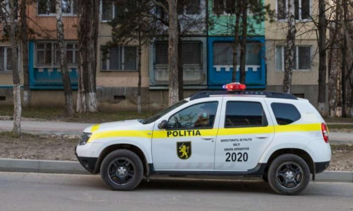 """Două fete au lăsat bilete de adio, apoi s-au aruncat în gol de la etajul 13 al unui bloc din Bălți: """"Mama, iartă-mă pentru tot"""""""