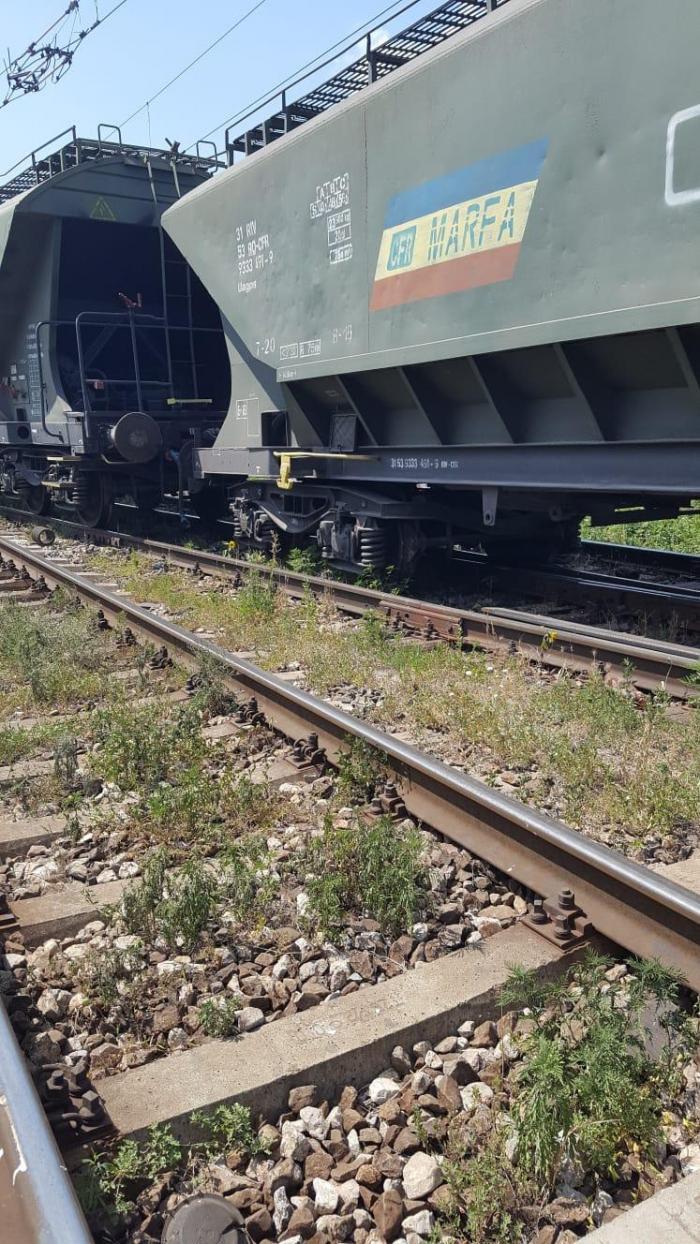 Traficul feroviar este blocat pe ruta Bucureşti - Constanţa. Un tren de marfă a deraiat la Feteşti