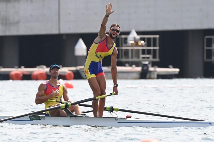 Argint pentru canotorii Marius Cozmiuc şi Ciprian Tudosă, a patra medalie pentru România la Jocurile Olimpice de la Tokyo