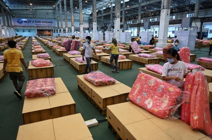 Thailanda a amenajat un spital Covid în aeroportul din Bangkok, pentru a face față noului val de infectări