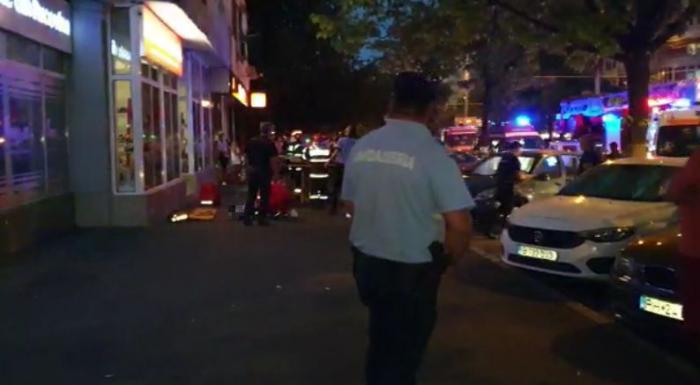 Doi frățiori de 2 ani, gemeni, au murit după ce au căzut de la etajul 10 al unui bloc din Ploiești
