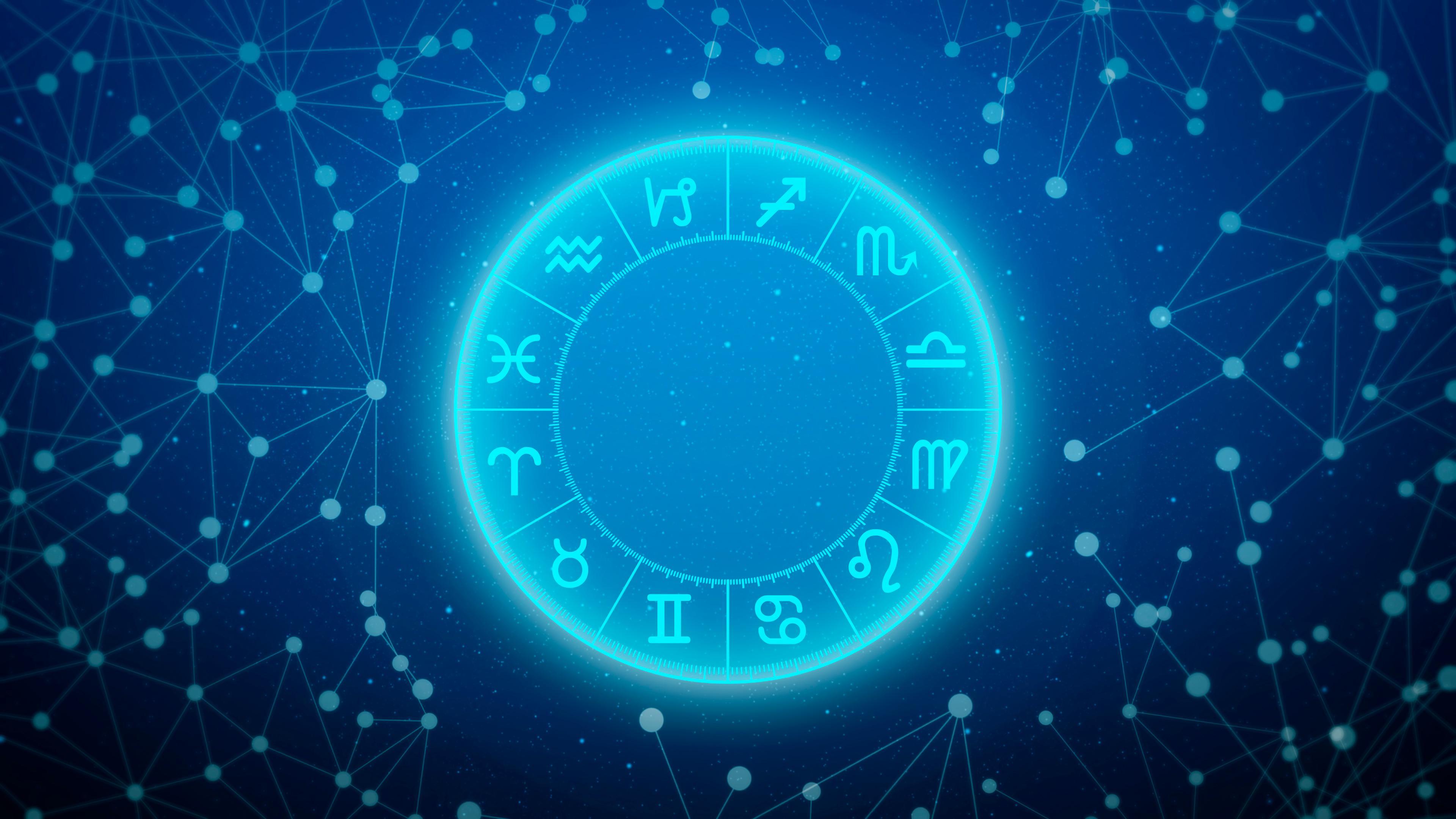 Horoscop 14 august 2021. Schimbare majoră pentru unii nativi şi dispute în familie