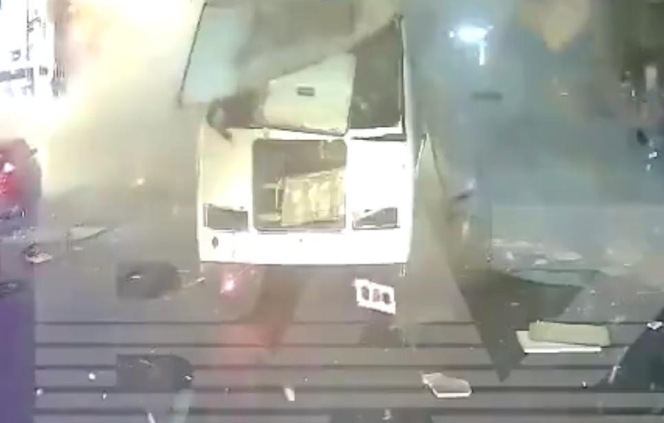 Un autobuz a explodat în staţie, în Rusia. O persoană a murit, alte 18 au fost rănite - VIDEO