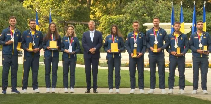 Klaus Iohannis i-a decorat pe sportivii români medaliaţi la Tokyo