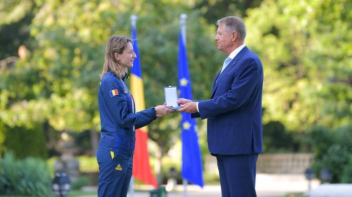 Sportivii români medaliaţi la Tokyo au fost decoraţi de preşedintele Klaus Iohannis